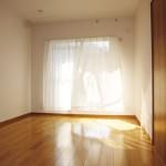ニューライフ金沢文庫D棟504号室洋室の画像2