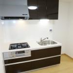 ドルミ中山C棟103号室キッチン