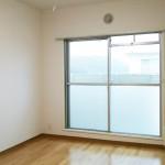 湘南長沢グリーンハイツ5-4棟403号室 洋室