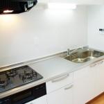 横浜永田町サンハイツ402号室システムキッチン