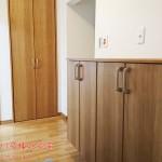 カウンター型の玄関収納新規設置