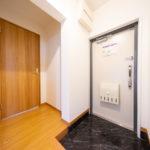 フロアタイル張替え済みの玄関(玄関)