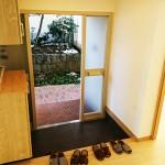 広々した玄関。玄関収納新設(玄関)