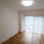 第2ライオンズマンション303号室洋室