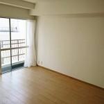 厚木グリーンコーポ504号洋室