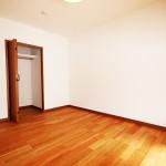 長津田団地2号棟218号室洋室