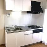 グリーンハイムいずみ野2号棟504号室キッチン