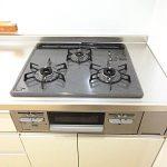 メガロン三浦海岸第202号室キッチンコンロ