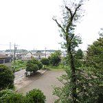 バルコニー前は公園になっています。眺望良好!