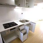 ダイアパレス滝頭204号室キッチン
