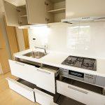 横浜東本郷マンション604号室キッチン