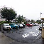 駐車場は平置きタイプ