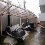 駐輪場は屋根が付いています