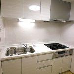 しらとり台住宅1号棟512号室キッチン