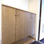 横長ワイドタイプの玄関収納新設。タップリ収納出来ます(玄関)