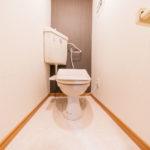 トイレ新規交換済み、保温洗浄便座付き(内装)