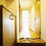 タイル張替済みできれいな玄関(玄関)