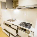 横浜コートハウス402号室キッチン3