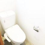トイレ新規交換済み、温水洗浄便座付き(内装)