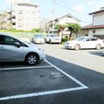 駐車場は平面式です