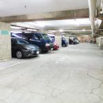広い駐車場スペースで現在空もあります