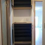 玄関収納は上下タイプでタップリ収納出来ます(玄関)