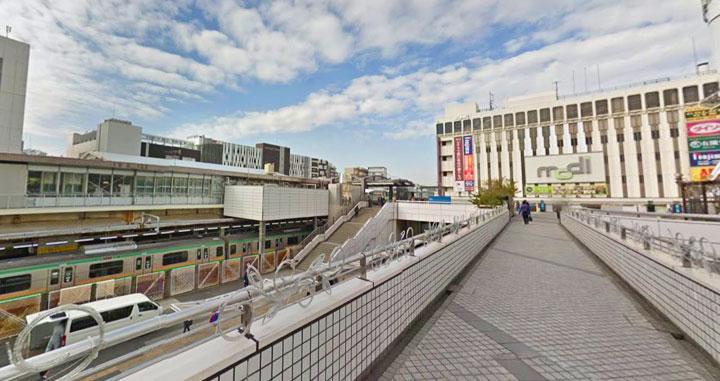 27戸塚駅