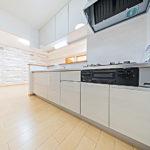 アーバンヒルズたまプラーザ502号室キッチン3