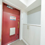 シューズボックス新設 2014年に玄関ドア交換済み(玄関)
