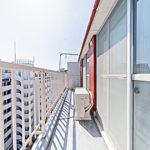 陽当たりの良いバルコニーです。9階部分なので眺望も良好です