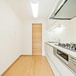 コスモ白根公園401号室キッチン3