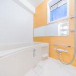 窓付きの浴室 ユニットバス新規交換(風呂)