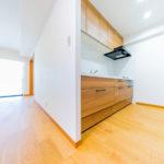 マイキャッスル大倉山ガーデンヒルズ703号室キッチン2