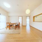 専有面積65.19平米、専用庭付きの3LDK(居間)
