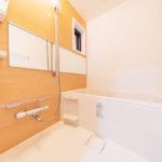 ユニットバス新規交換、お風呂のおいだき機能付き(風呂)