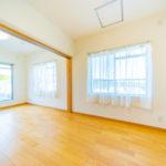 2つの洋室4帖は引き戸を開放してお部屋を繋げて使用することも可能 ご家族構成に合わせてお部屋を使い分けることができます(寝室)