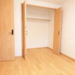 湘南長沢グリーンハイツ1-1号棟312号室洋室5.5帖収納