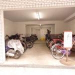 駐輪場 バイク置き場や近隣駐車場についてお気軽にお問い合わせください。