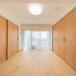 ハイマート町田401号室洋室6帖(玄関側)