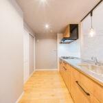 グランシティレディアント三ツ境206号室キッチン3