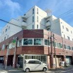 蒔田駅徒歩5分、井土ヶ谷駅徒歩13分。ブルーラインと京急線の複数駅が利用可能。(外観)