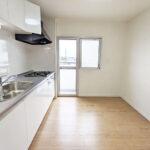 グリーンヒル鴨志田東6号棟301号室-キッチン3